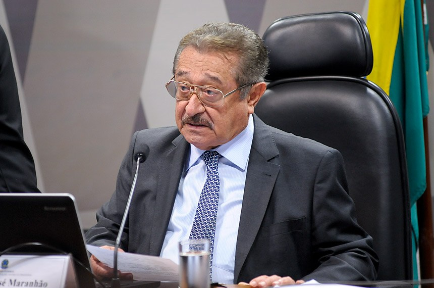 Senador José Maranhão (PMDB-PB)